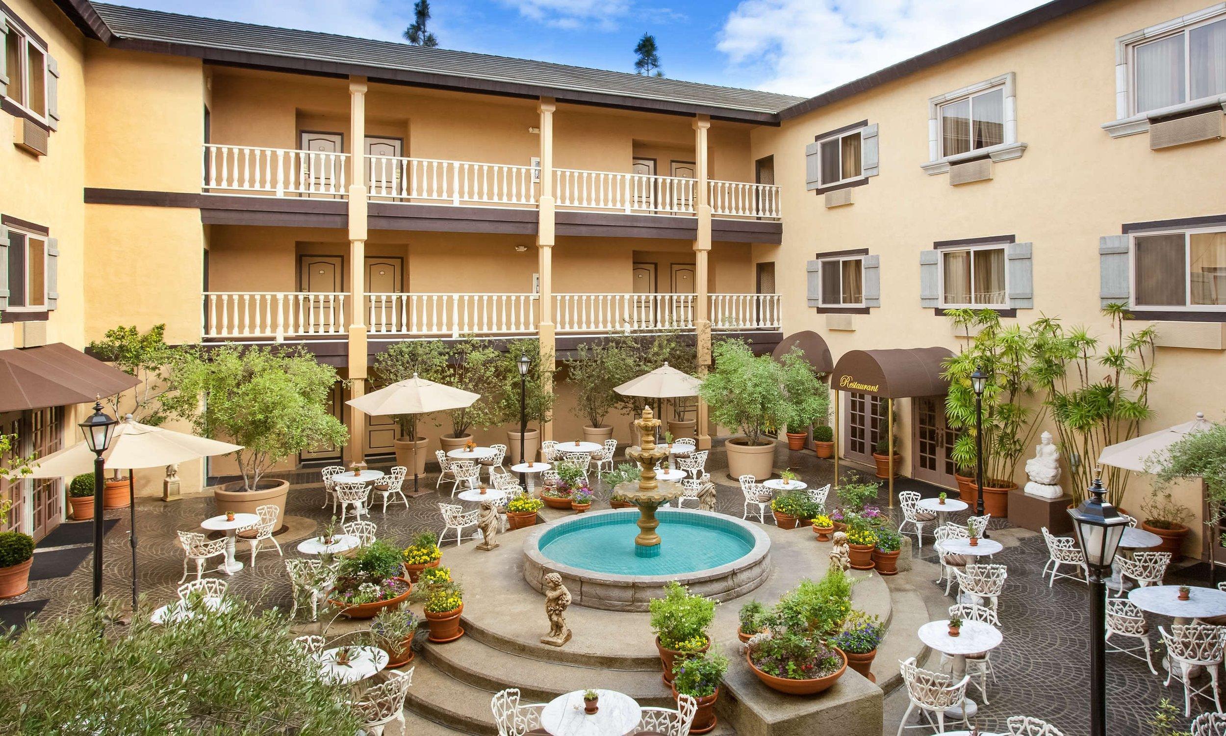Ayres Hotel.jpg