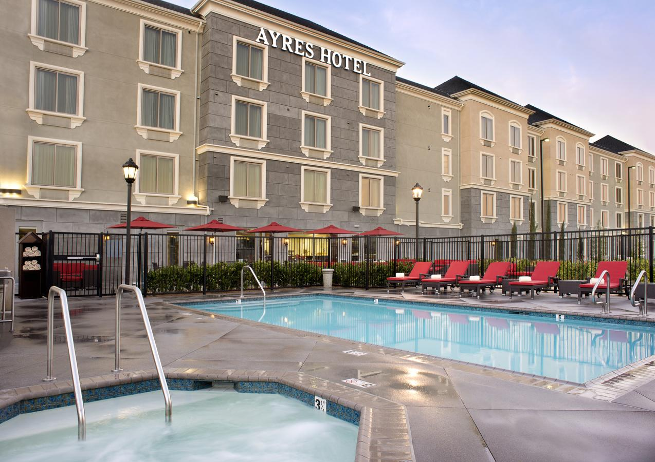 Ayres Hotel2.jpg