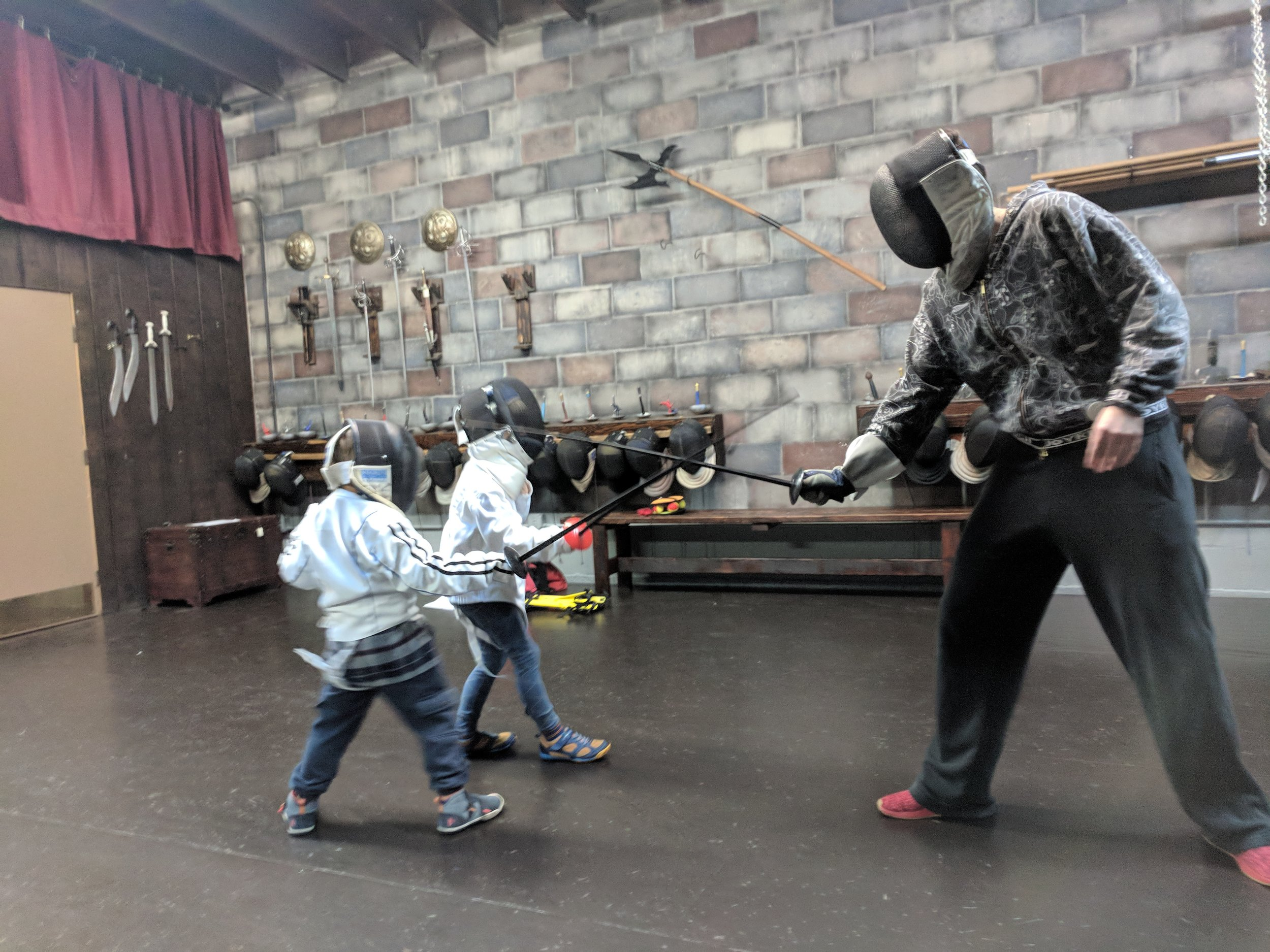 Fencing for kids at Swordplay LA fencing school.