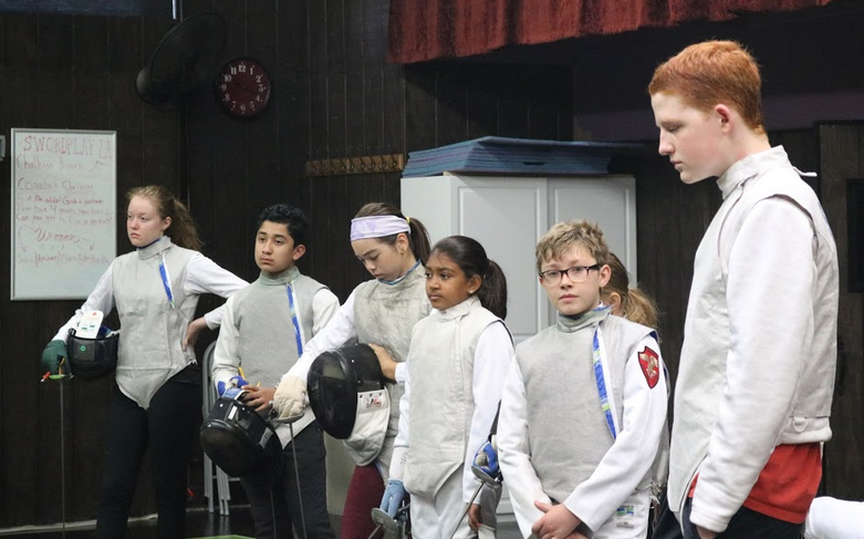 Fencing clinic kids and teens.png