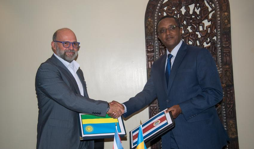 NAIROBI, KENYA, March 25th 2019.  Environmental ministers of Costa Rica and Rwanda, Carlos Manuel Rodriguez, and Vincent Biruta respectively.