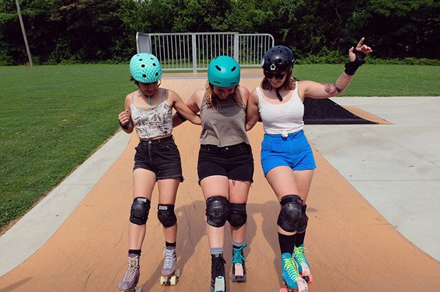 """The OG Sanctuary Skaters... this space was formed from a sweet little text feed starting with just 4 people. Abbey, Randi, Sunshine and Kailey.⠀⠀⠀⠀⠀⠀⠀⠀⠀ ⠀⠀⠀⠀⠀⠀⠀⠀⠀ Each giving another """"permission"""" to skate and make it a thing. You know how it is, everyone needs a little nudge in the right direction. Then... the snowball effect! Now we are all """"roller skaters""""!⠀⠀⠀⠀⠀⠀⠀⠀⠀ ⠀⠀⠀⠀⠀⠀⠀⠀⠀ We hope to facilitate that relationship for you. That's our goal and passion.⠀⠀⠀⠀⠀⠀⠀⠀⠀ ⠀⠀⠀⠀⠀⠀⠀⠀⠀ Stay sauce-y y'all. ⠀⠀⠀⠀⠀⠀⠀⠀⠀ ⠀⠀⠀⠀⠀⠀⠀⠀⠀ Ps. This ramp is cursed.⠀⠀⠀⠀⠀⠀⠀⠀⠀ ⠀⠀⠀⠀⠀⠀⠀⠀⠀ 🎈On yellow skates + a dope-ass wheelchair,⠀⠀⠀⠀⠀⠀⠀⠀⠀⠀ Randi + Sunshine⠀⠀⠀⠀⠀⠀⠀⠀⠀ .⠀⠀⠀⠀⠀⠀⠀⠀⠀ .⠀⠀⠀⠀⠀⠀⠀⠀⠀ .⠀⠀⠀⠀⠀⠀⠀⠀⠀ .⠀⠀⠀⠀⠀⠀⠀⠀⠀ .⠀⠀⠀⠀⠀⠀⠀⠀⠀ .⠀⠀⠀⠀⠀⠀⠀⠀⠀ .⠀⠀⠀⠀⠀⠀⠀⠀⠀ #rollerskating #moxiskates #moxirollerskates #rollerblade #inlineskates #skateshop #goskate #moxiskatedaily #rollerskates #chattanooga #chattanoogarollerskating #tennesseerollerskating #rollerskatechattanooga #skatechattanooga #unitedskates #skatefam #skatesquad #goodvibesonly #skate #skateeverydamnday #skateveryday #randiandsunshine #sanctuaryskatecompany⠀⠀⠀⠀⠀⠀⠀⠀⠀ #skatesquad #vibeattractsyourtribe"""