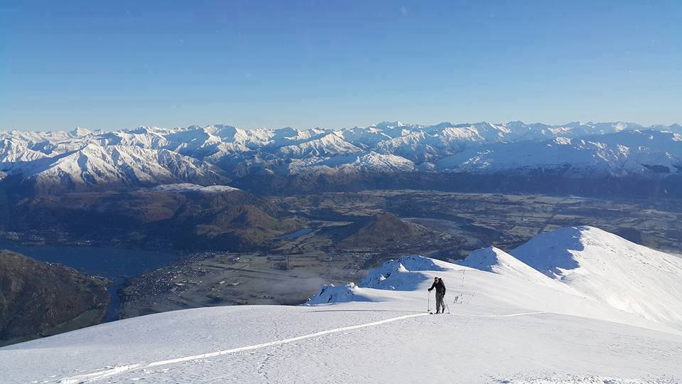 Guide Russ Tilsley Ski touring above Queenstown in the Remarkables