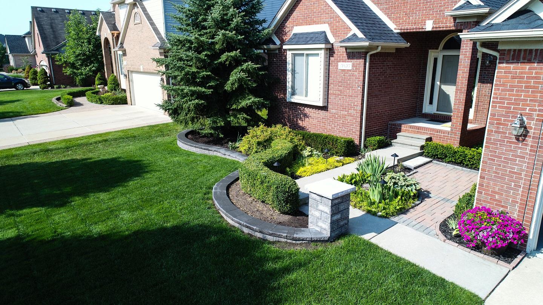 Troy, MI landscape design by Unilock Authorized Contractor
