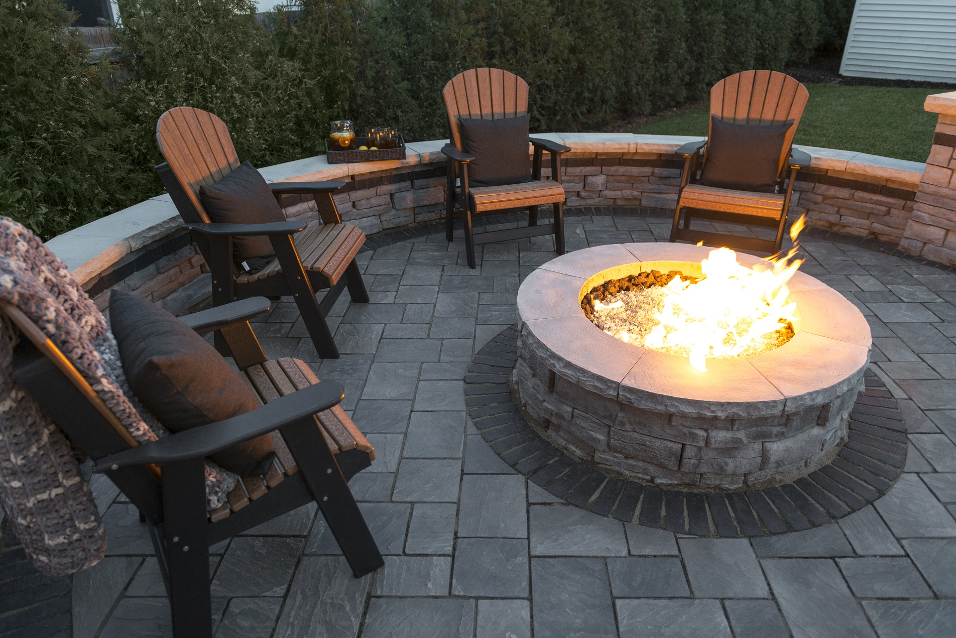 Stunning outdoor fireplace in Oakland Twp, MI