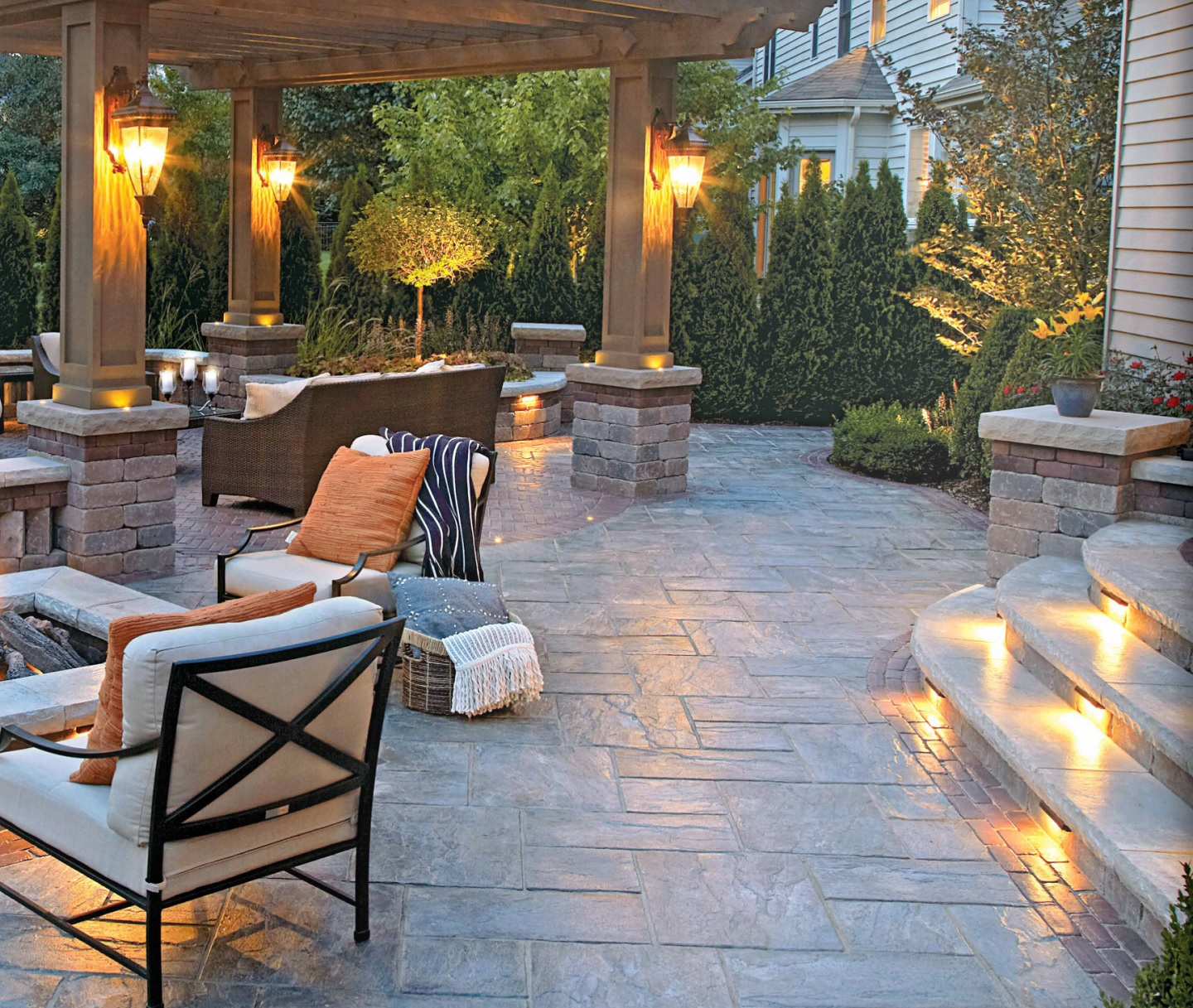 Pergola and landscape lighting in Macomb Township, MI