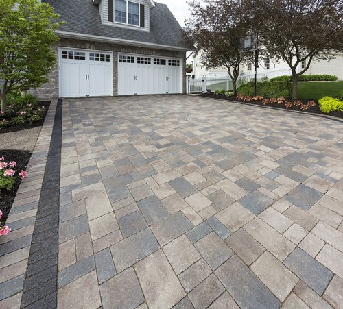 Driveway by Unilock Authorized Contractor in Troy, Michigan
