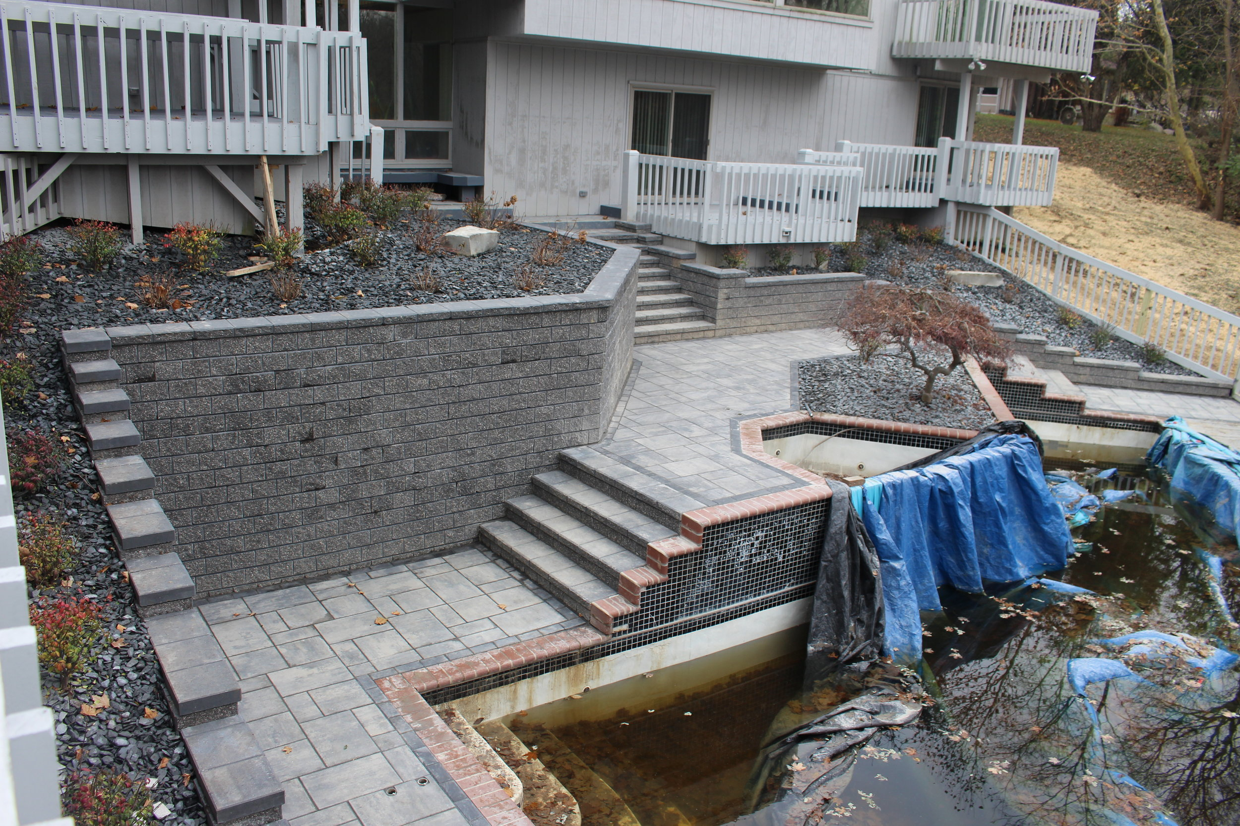 Advantages of Using Brick Pavers for Pool Decks in Shelby Township, MI