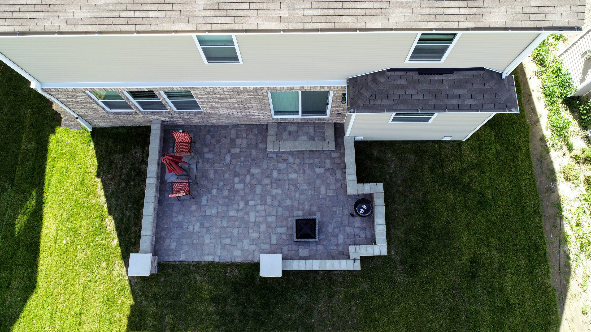 Customizing Your Outdoor Living Space with Carefully Chosen Patio Pavers in Shelby Township, MI