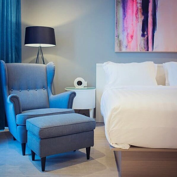 AREA3 has just delivered a beautiful new hotel in the heart of Jakarta. 🌺 The Ashley Sabang Hotel has 105 rooms as well as an on site gym and restaurant. 🥐🍑 Excellent work by one of our brilliant directors Anastasia Liem!... can the Australian team please come visit? 😂🙏