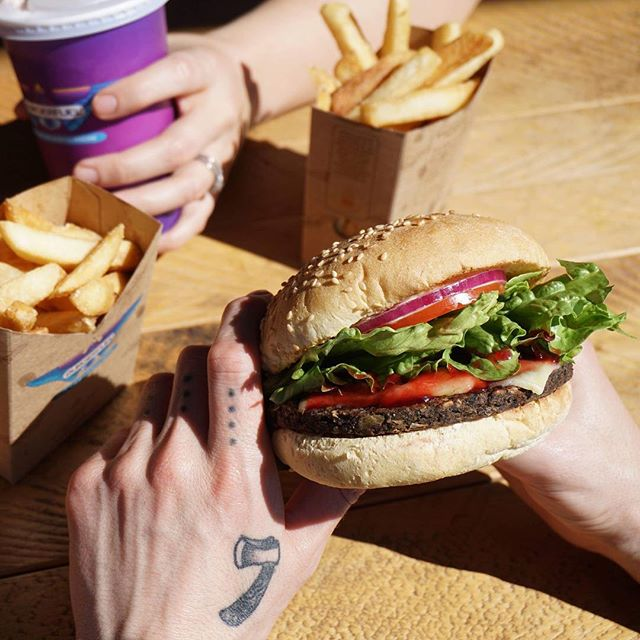 There is something coming for your inbox next week! Sign up to become a VIB and you'll be in for some deliciously good times. Sign up via the link in our Bio. #BurgerFuel #VIB #VeryImportantBurgerConnoisseur #FuelForTheHumanEngine