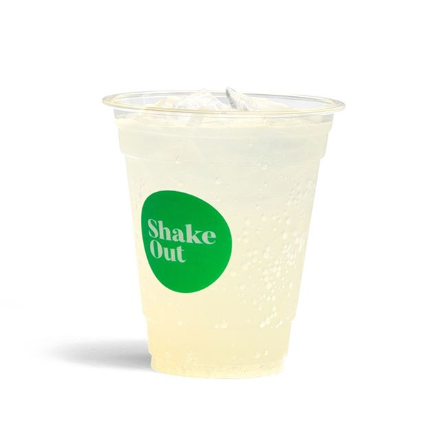 Tangy citrus lemonade for those crisp autumn afternoons 🥤🍋 #whenlifegivesyou #shakeoutnz