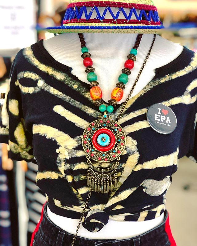 New addition to the shop! Bohemian Statement Necklace...📿📿 . . . . . . . . . . .  #thrifting #thriftshop #vintagestyle #vintageclothing #vintagefashion #vintageshop #thrifted #thriftsociety #thriftscore #thriftlife #supportlocal #womanownedbusiness #conciousfashion #thriftedstyle #eastpaloalto #menlopark #paloalto #redwoodcity #siliconvalley #livecolorfully #bohostyle #styledbyme #statementnecklace #thriftfashion #womensupportingwomen #minorityowned #siliconvalley #bayareastyle #bohojewelry #bayarea