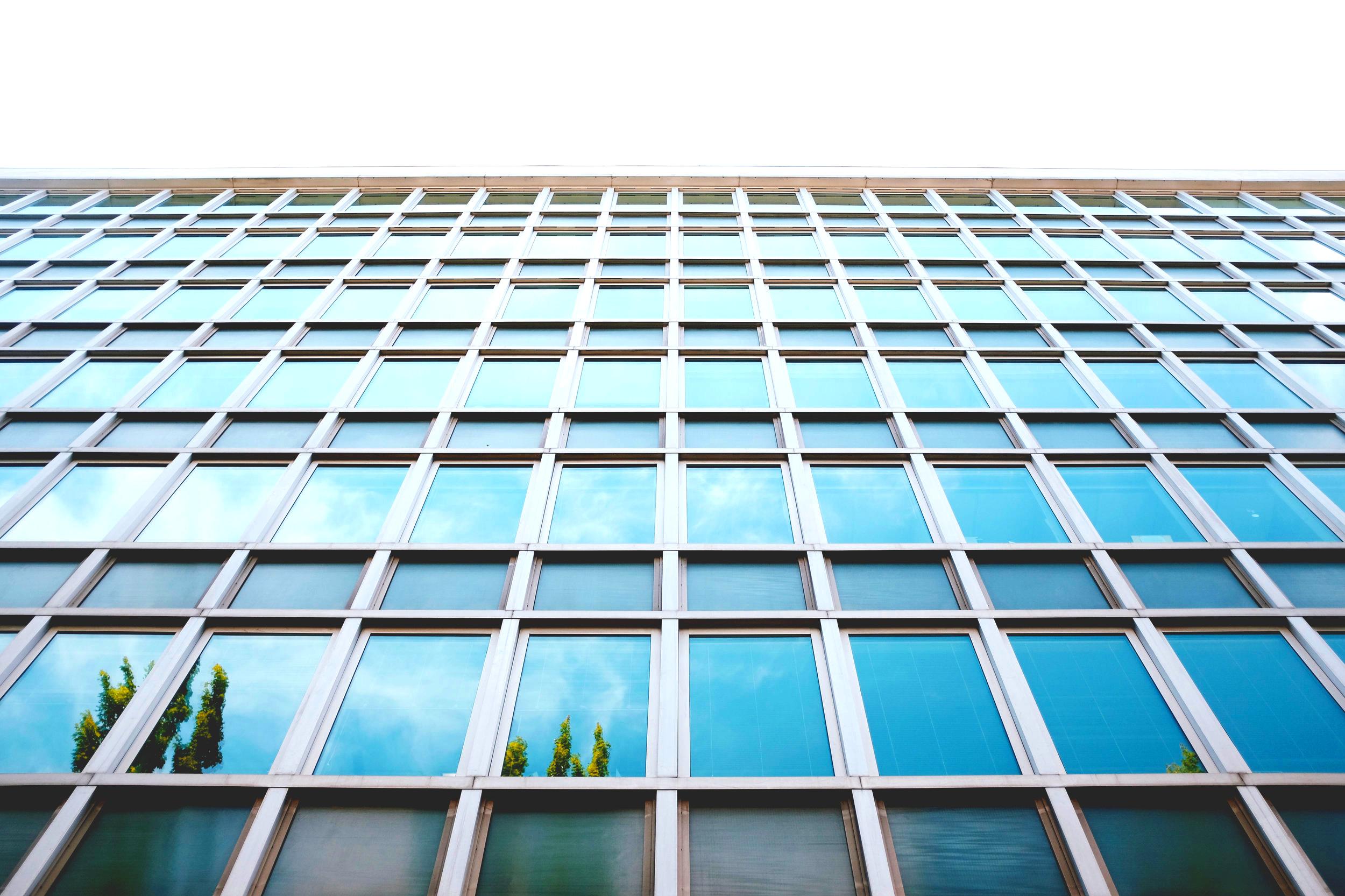 Droit administratif — fonction publique — urbanisme - Le cabinet dispose d'une expertise dans plusieurs domaine relevant du droit administratif général: droit des collectivités, de la fonction publique et droit de l'urbanisme.