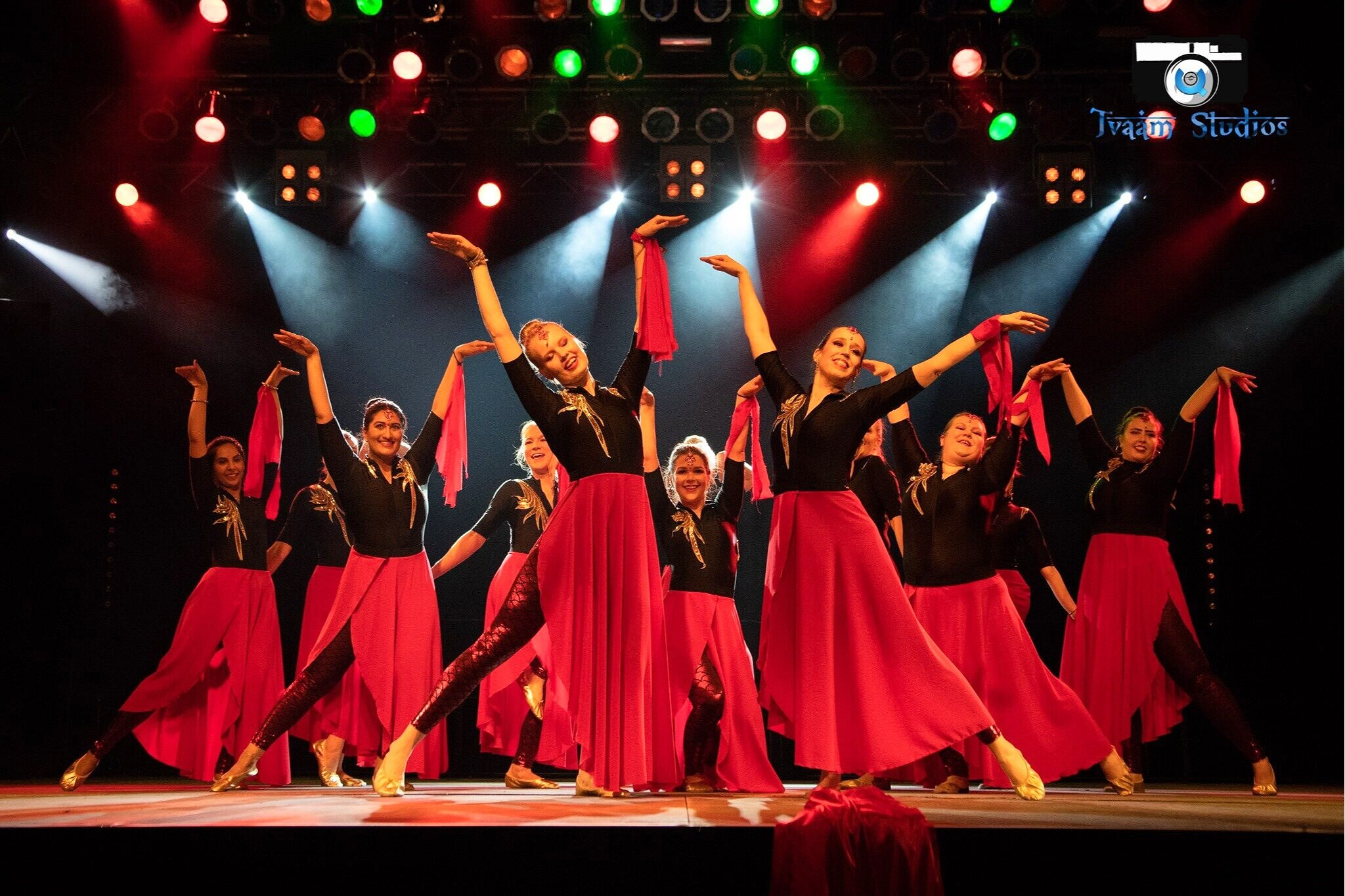 Kati Mikkonen performing at Indian Dance Festival with Bollywood ladies crew
