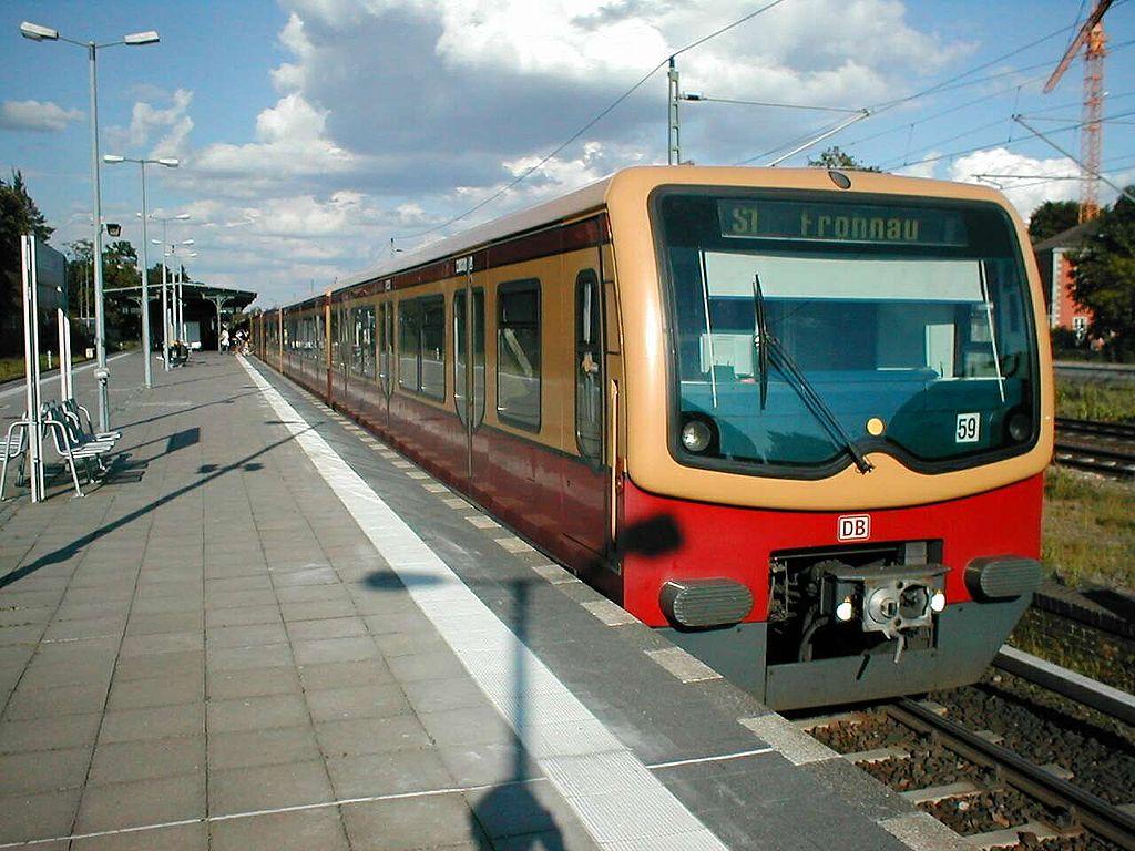 1024px-S-Bahn_Berlin_Baureihe_481.jpg