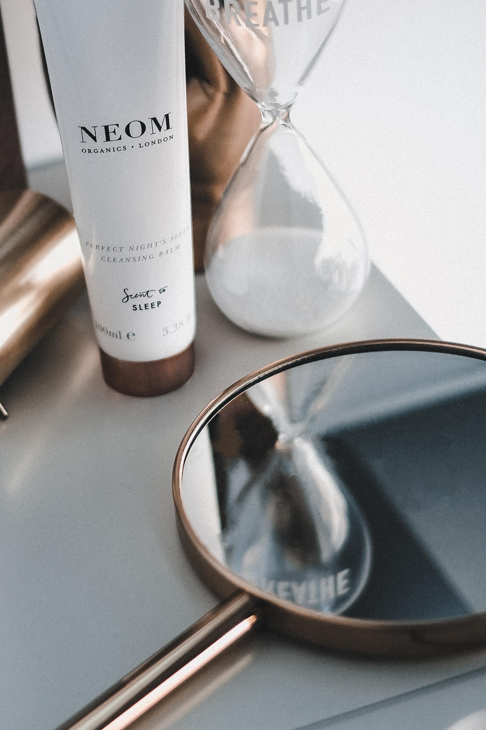 neom cleansing balm