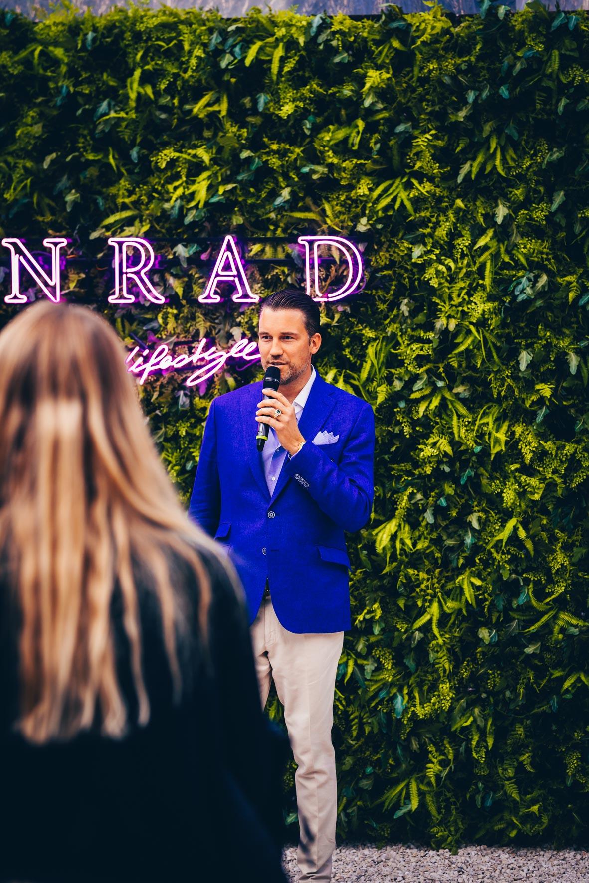 Konrad-lifestyle-art-basel-%22rollsroyce%22-2019-44.jpg
