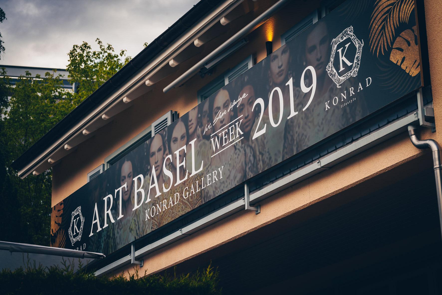 Konrad-lifestyle-art-basel-%22rollsroyce%22-2019-81.jpg