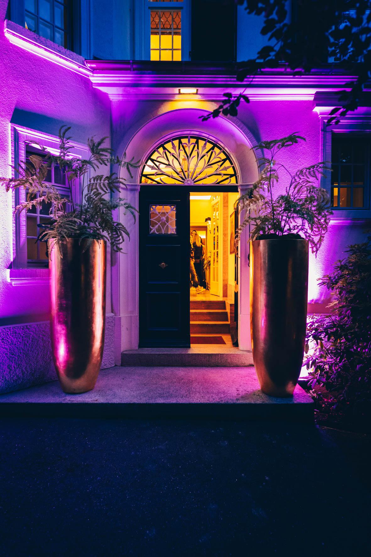 Konrad-lifestyle-art-basel-%22rollsroyce%22-2019-123.jpg