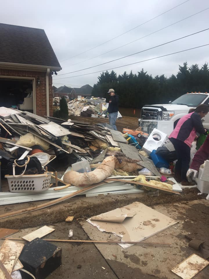 tornado ravage.jpg