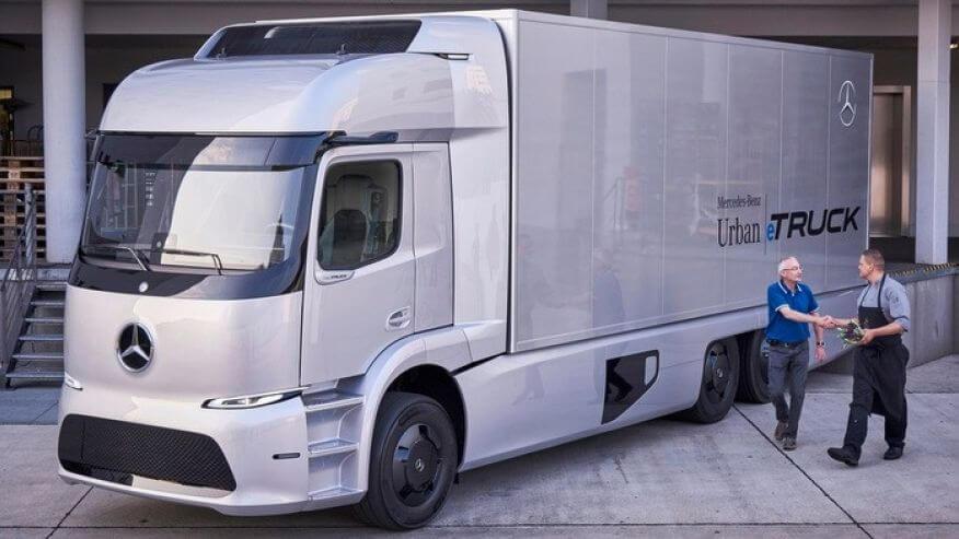 Mercedes-UrbanETruck.jpg