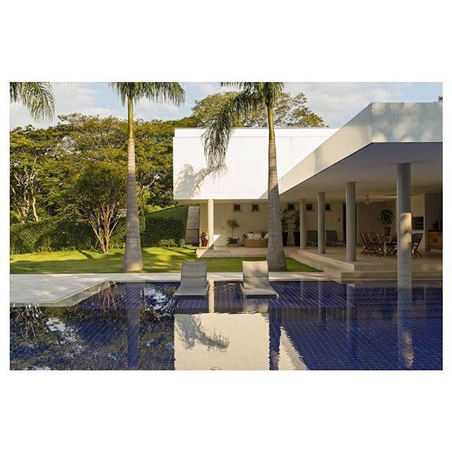 Casa de Campo, Terras de São José - Itu | Projeto de arquitetura, interiores e gerenciamento de obra. Foto: Alain Brugier