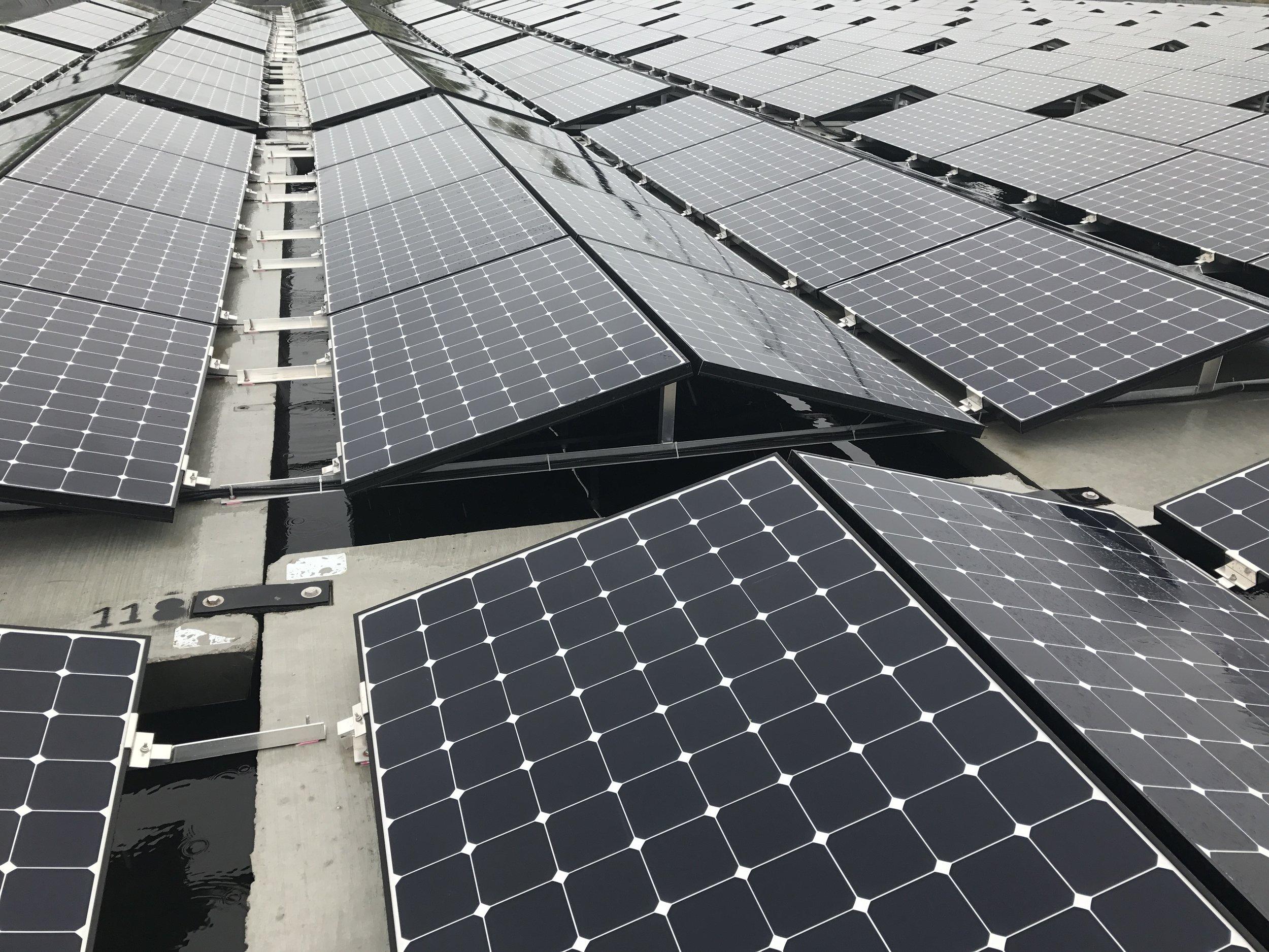 Floating-solar-pv-system-netherlands-nederland-texel-05.JPG