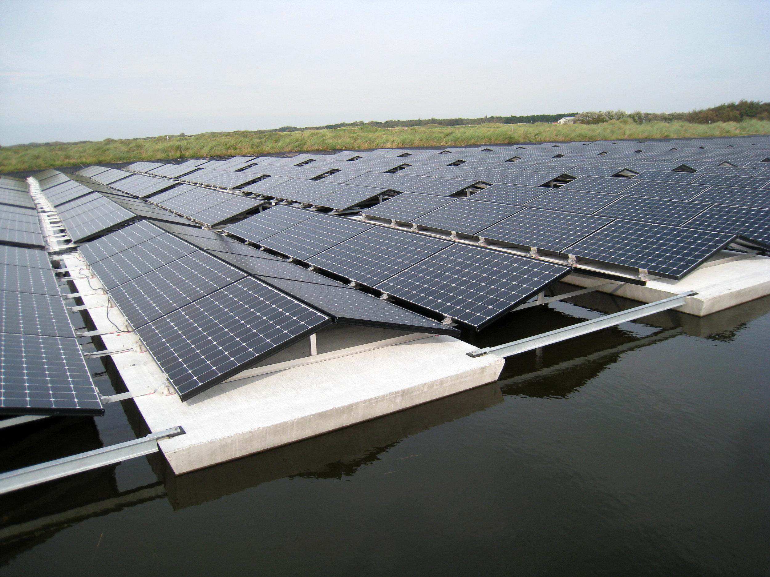 Floating-solar-pv-system-netherlands-nederland-texel-07.JPG