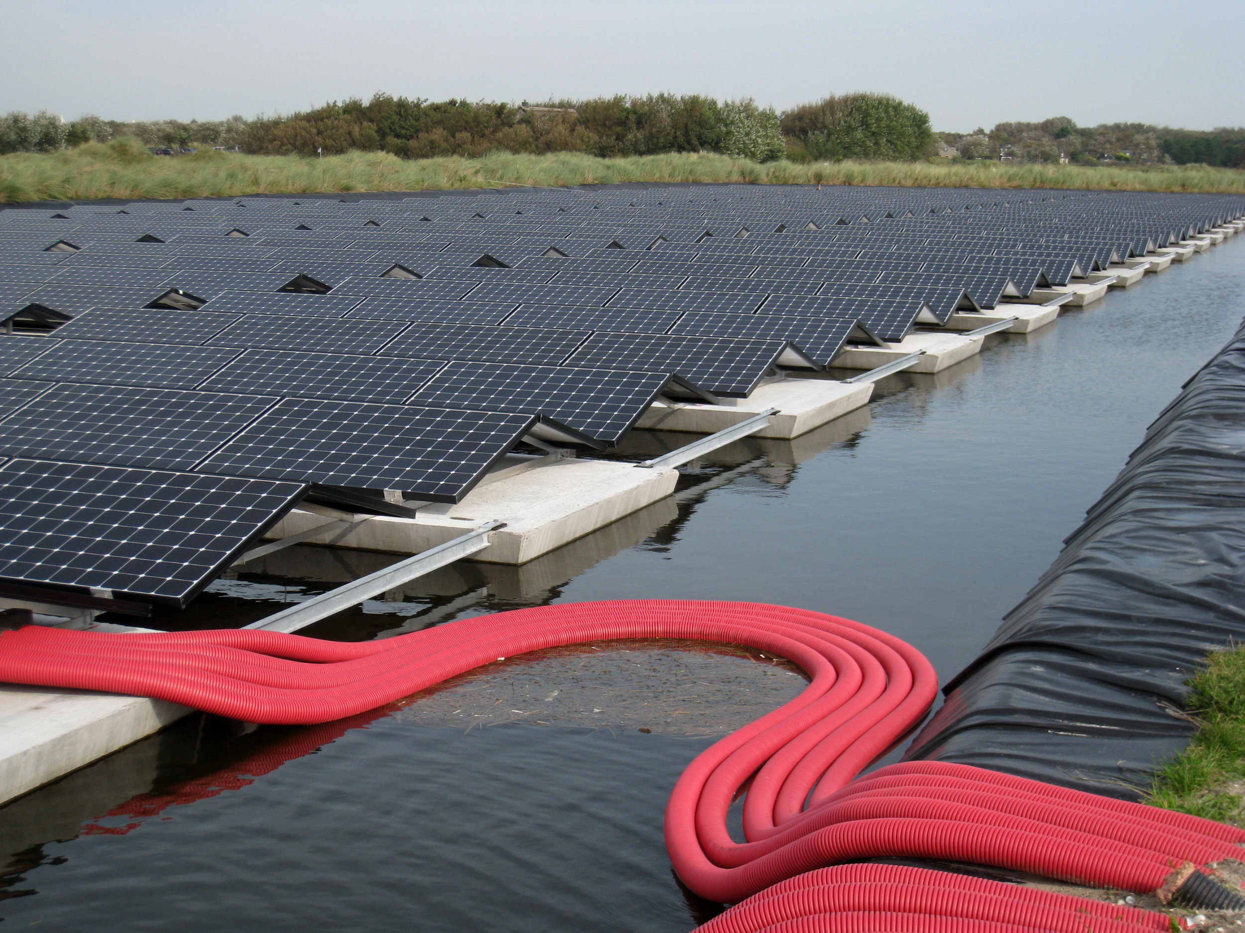 Floating-solar-pv-system-netherlands-nederland-texel-09.JPG