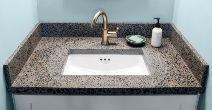 custom_concrete_sink.jpg