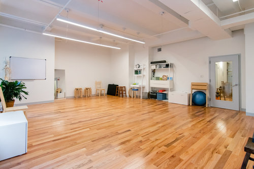rent space at Balance Arts center - AT Motion is a member of the Balance Arts Center. The center has 11 studios for rent including the Karl Kemp Performance Space. We have a kitchen and a comfortable common area in an accessible elevator building in Chelsea/Midtown.
