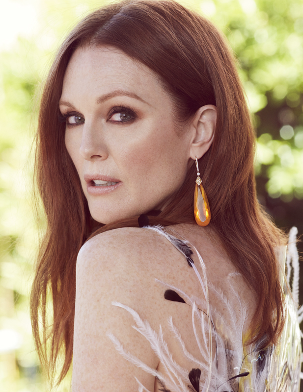 17143_MR_RVO_JULIANNEMOORE_02-040_V4_RGB.jpg