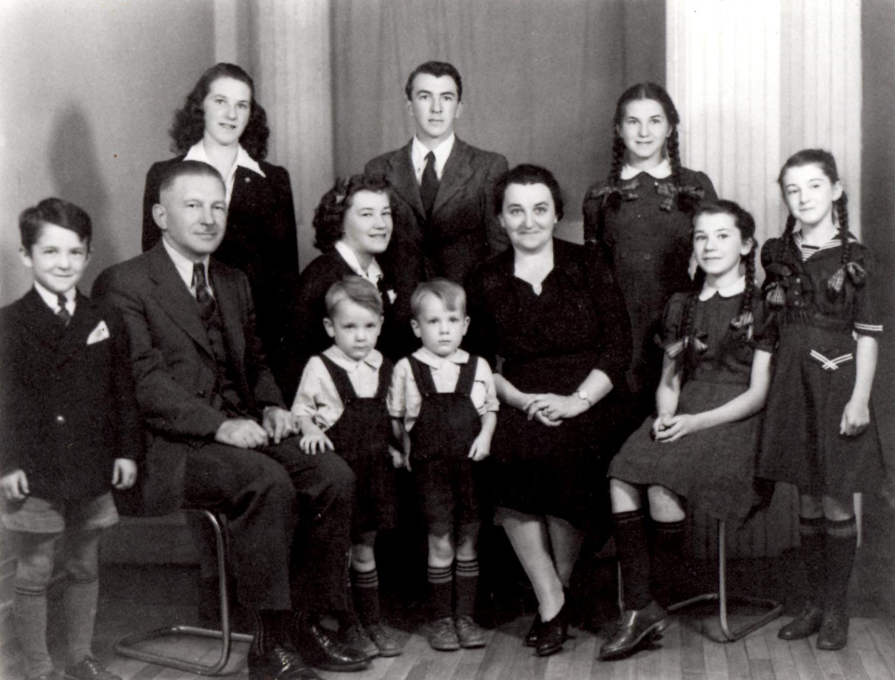 Jean-Famille.jpg