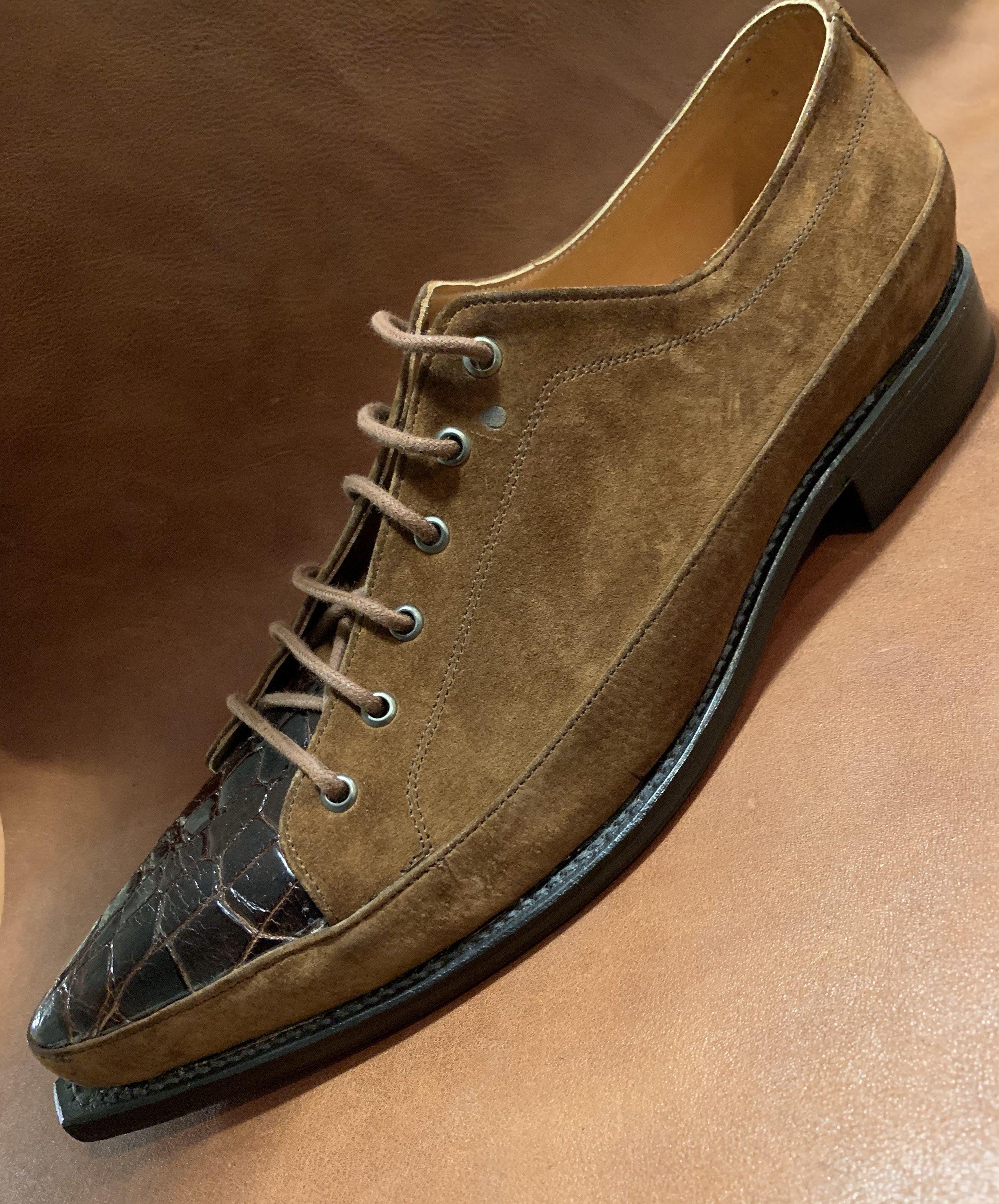 Crocodile/sued Shoe 425.00