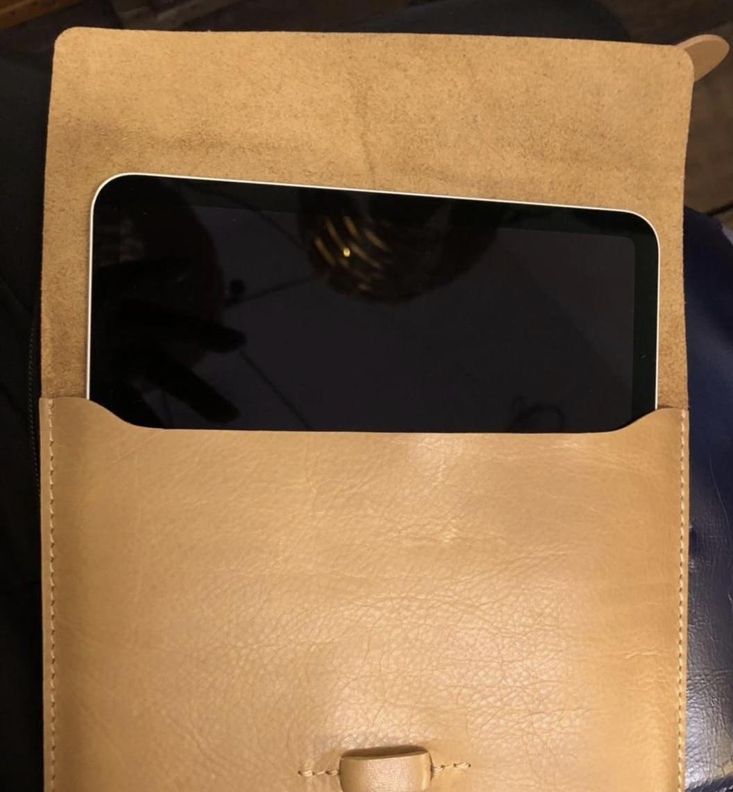 "11"" Leather iPad Pro Case 199.00"
