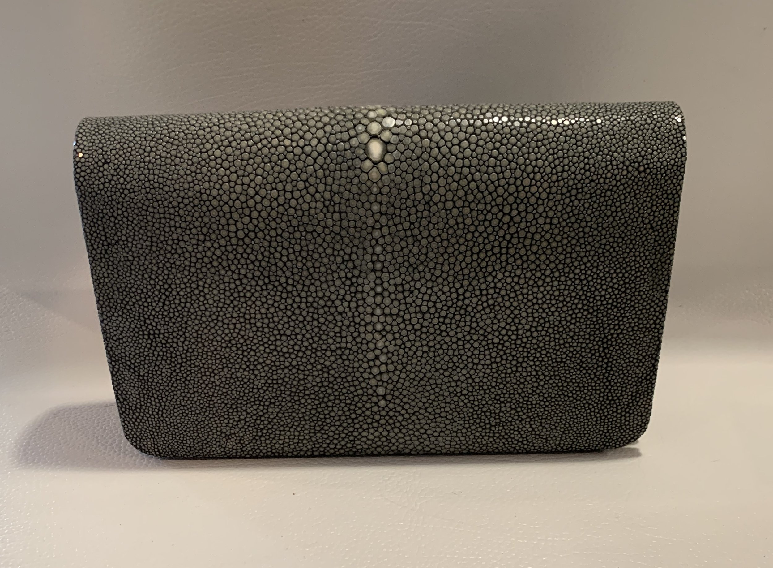 Timeless Stingray Bag/Clutch 699.00