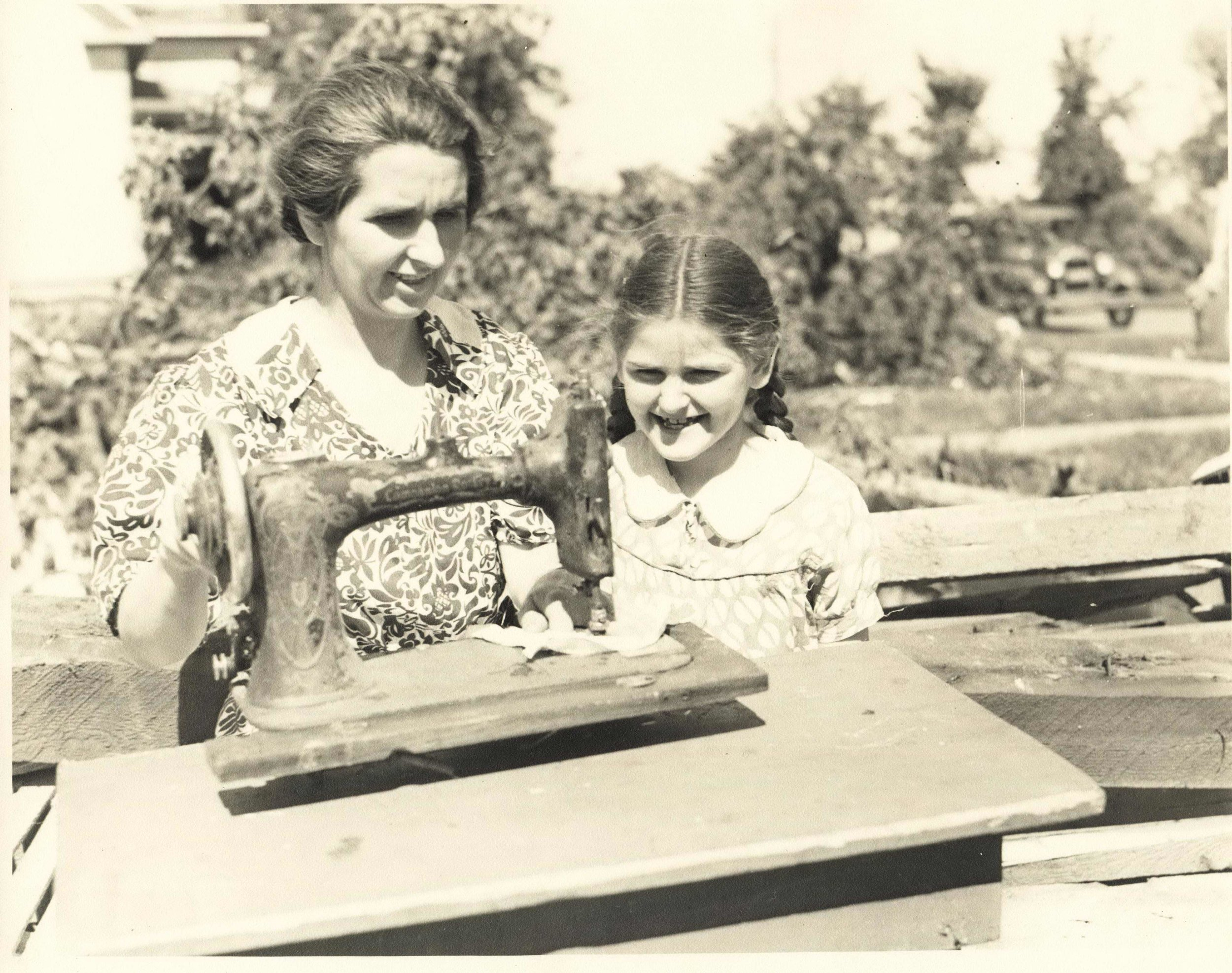 Opal Harrington and her daughter Bessie Lou.