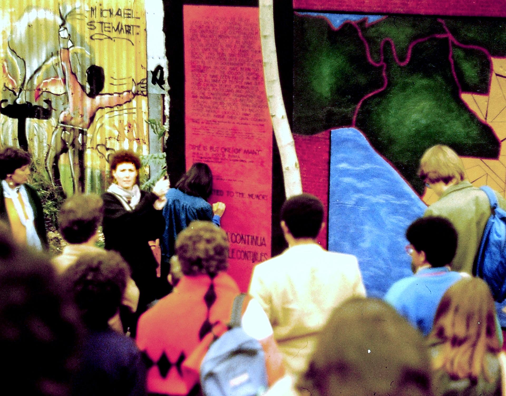 1986 mural dedication   Photo © Joe Stephenson