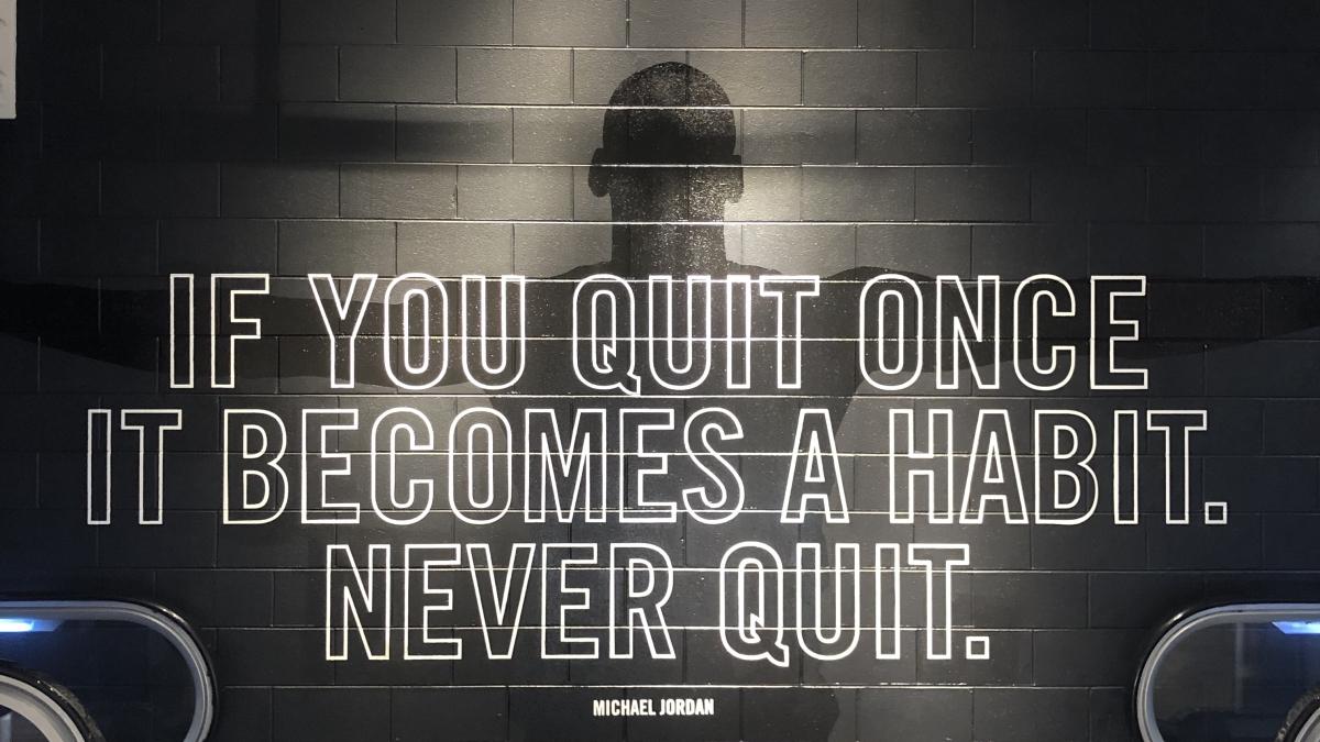 Optimized-Michael Jordan Nike Never Quit.jpg