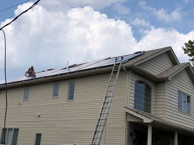 |Bird Proofing| for Solar Panels. (718) 356.8482 #birdcontrol #newyork #pestcontrol #solarpanels #birds #statenisland #brooklyn #manhattan