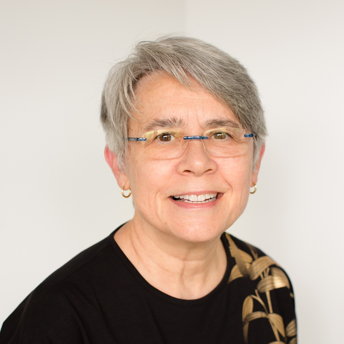 LINDA BESSETTE - CHIEF COMPLIANCE OFFICER30+ years of Financial Counseling Author: Mindful Money
