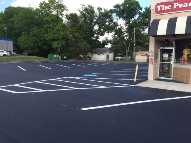 Commercial-Paving-2after2.JPG