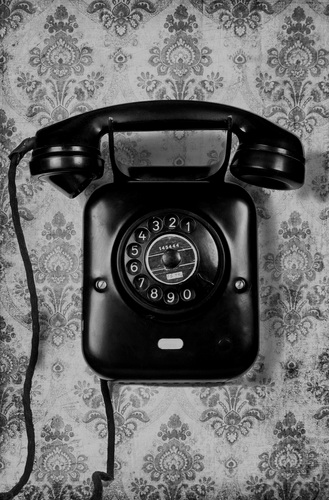TELEPHONE+GOLD.jpg