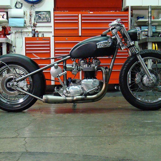 Custom Triumph with dozens of one off parts machined and fabricated at HammerDown Cycles @hammerdowncycles  #flyritechoppers