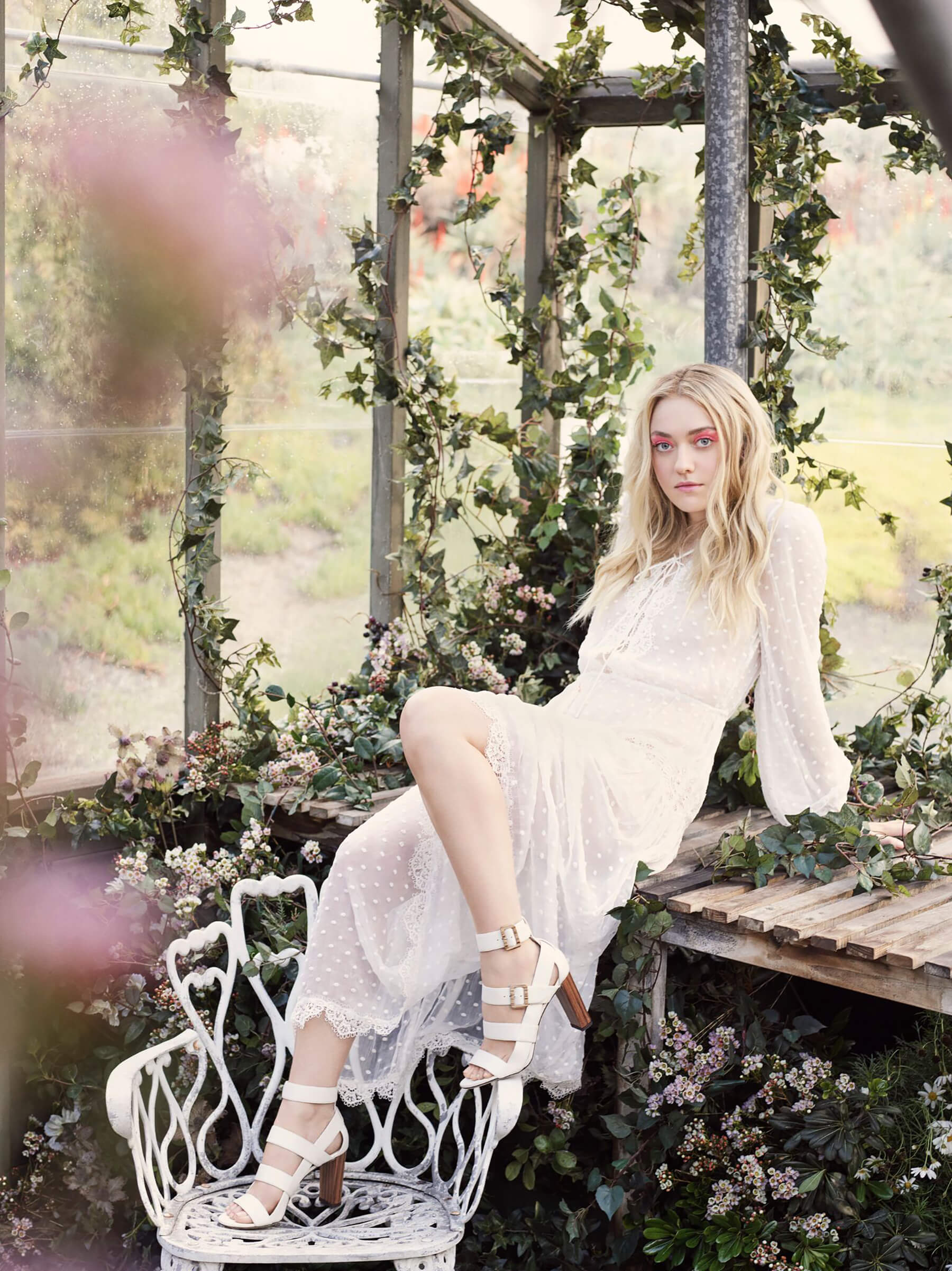 JIMMY CHOO SS17 STYLE DIARY DAKOTA FANNING WEARING THE MAYA SHOE (1)_preview.jpeg