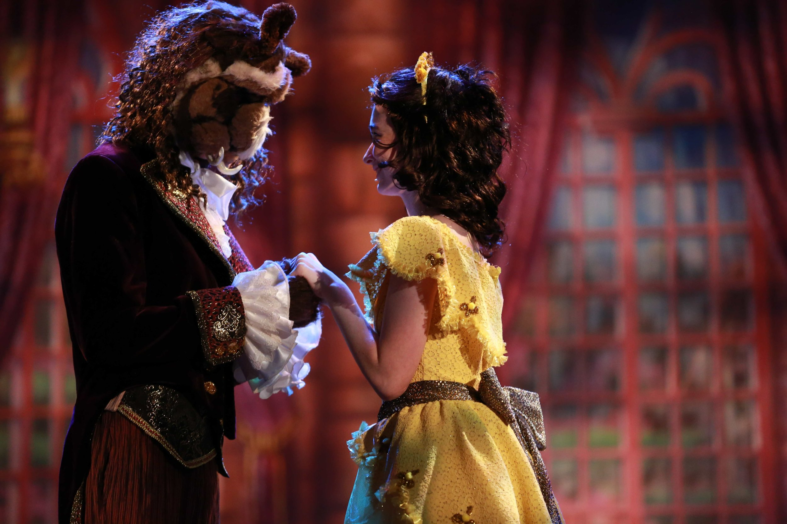BEAUTY AND THE BEAST JR. (2012)