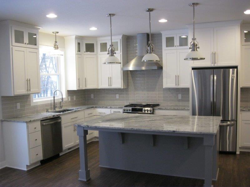 Kitchen 1812.jpg