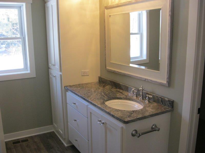 Bathroom IMG_6861.jpg