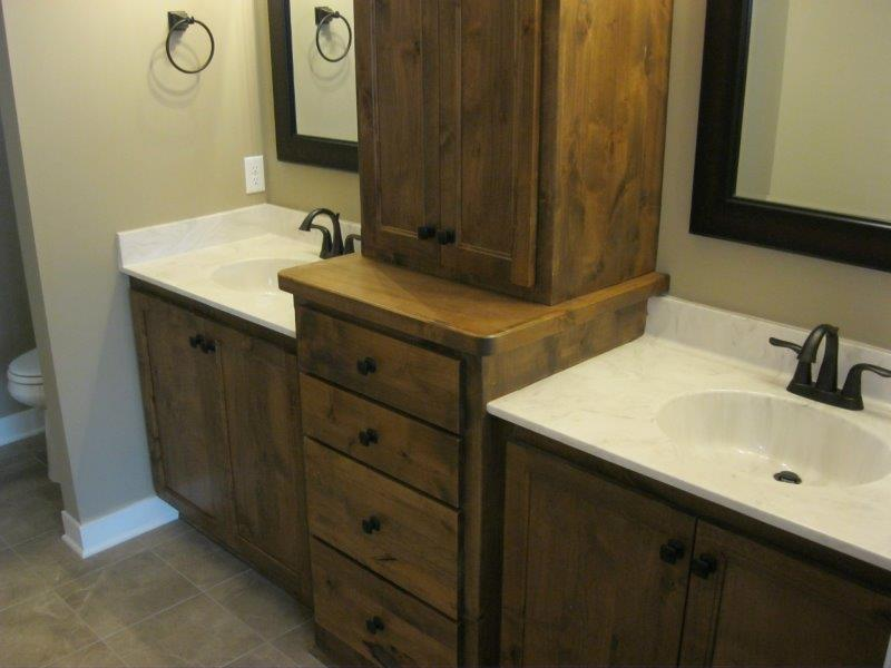 Bathroom 1810.jpg